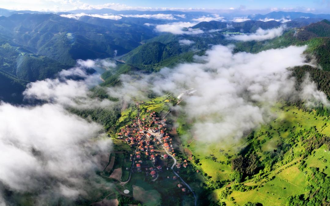 Родопа планина се свързва с историята на Зевс и Хера.